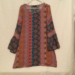 Anthropologie Tolani dress size M with bell sleeve
